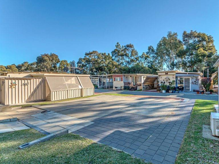 HIllside Garden Village - The Best Caravan Park Sites in Perth